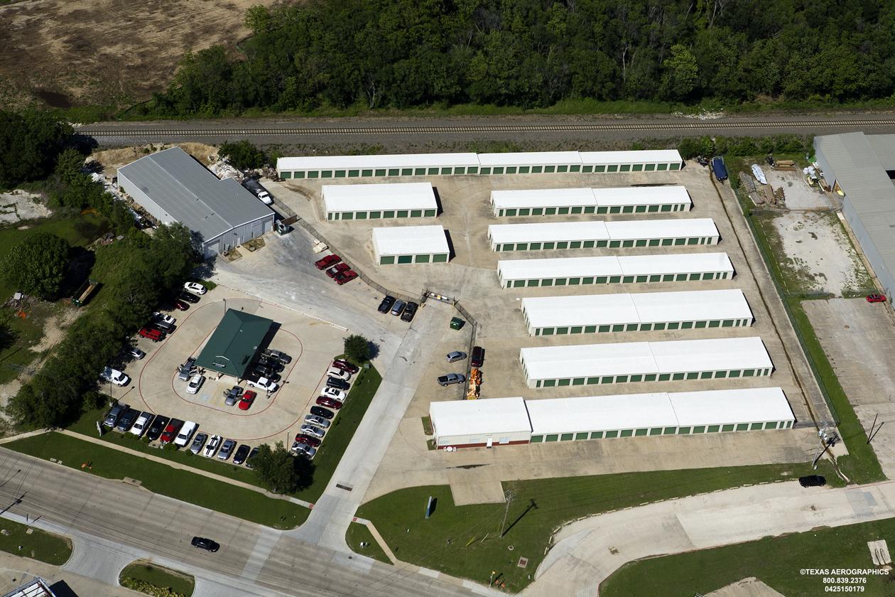 http://tbrcroofing.com/wp-content/uploads/2015/04/Valley-Storage-Lewisville-TX.jpg